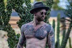 Vogel tattoo - Raben Tattoo