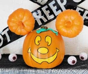mickey mouse halloween pumpkin