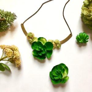 diy succulent necklace