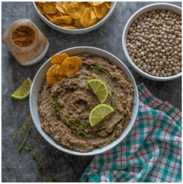 refried peas with plantain chips