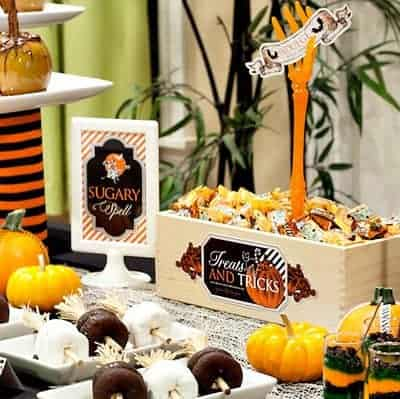 10 Free Printables for a Halloween Party