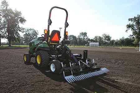 TR3 Rake Arena Drag - Compact Tractor