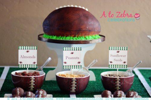 Football Party Dessert Ideas |  Superbowl Party Ideas | Football cake | Living Locurto | Free Party Printable Ideas