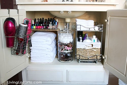 Great Organizing Ideas for your Bathroom! Cabinet Bathroom Organization Makeover - Before and After photos. LivingLocurto.com