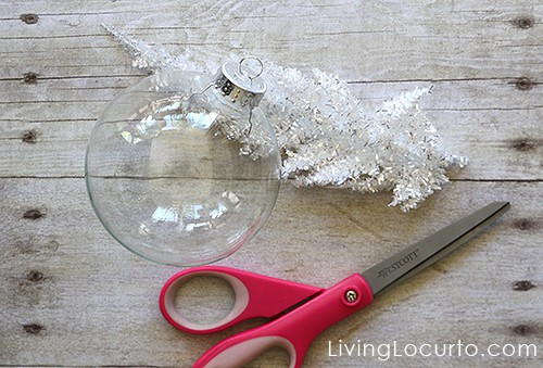 Easy DIY Christmas Tree Glass Ornaments. LivingLocurto.com #christmas