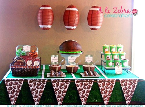 Football Party Ideas |  Superbowl Party Ideas | Living Locurto | Free Party Printable Ideas | football cake