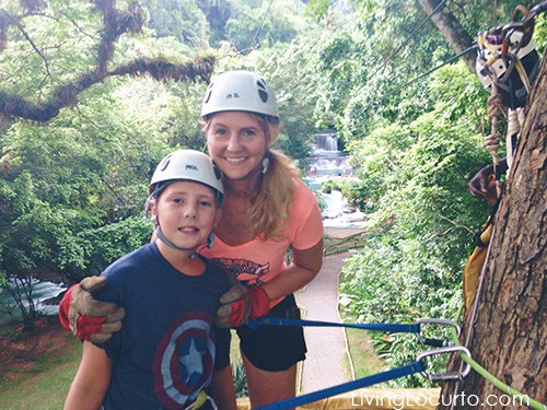 7 Simple Tips for Taking Amazing Family Vacation Photos by LivingLocurto.com - YS Falls Zip Line