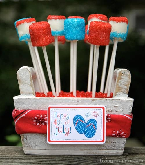 4th of July Marshmallow Pops are a sweet and easy no bake red, white and blue treat to make this summer!Easy party dessert recipe with printable tags.