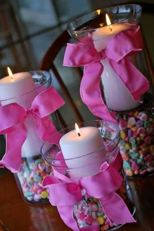 Candy Conversation Heart Candle Holders - Flower Pot Gumball Candy Machine - DIY Home Decoration Ideas for Valentine's Day. Easy to make Home Decor Crafts for Valentine's Day. Homemade Valentines ideas for mantle decorating, party tables, yard art, heart garland, valentine trees, kids rooms and more! LivingLocurto.com