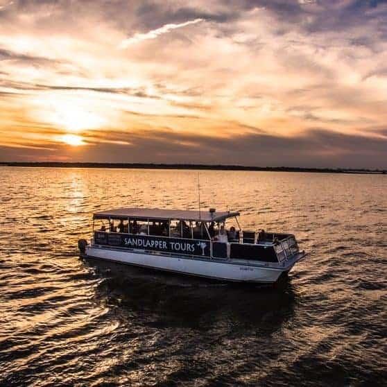 Sandlapper Boat on Harbor Sunset 1