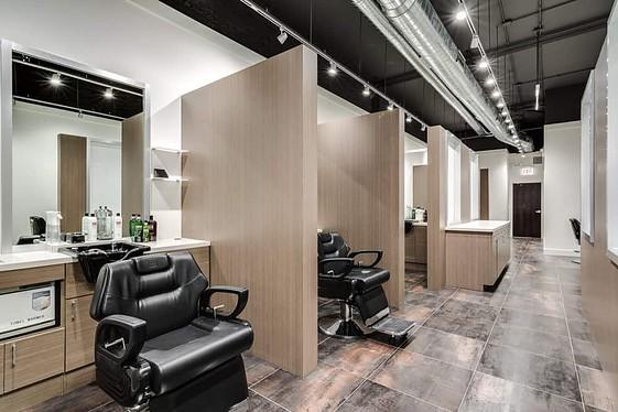 18|8 Men's Salon in Chicago River North