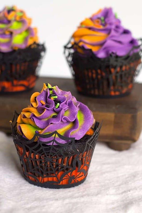 halloween swirled cupcakes
