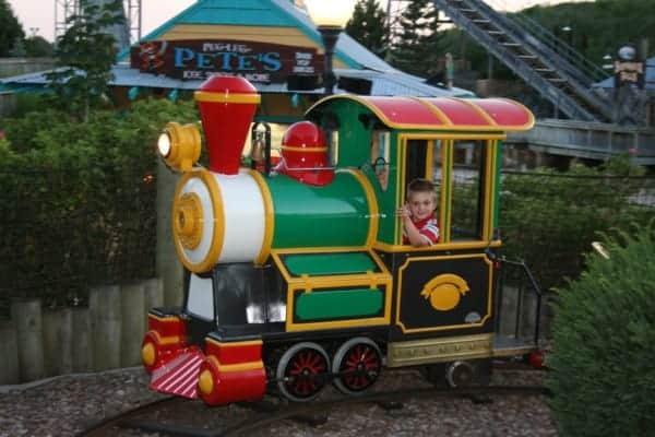 darien lake rides, darien lake new york, darien lake ny, darien lake train, darien lake theme park
