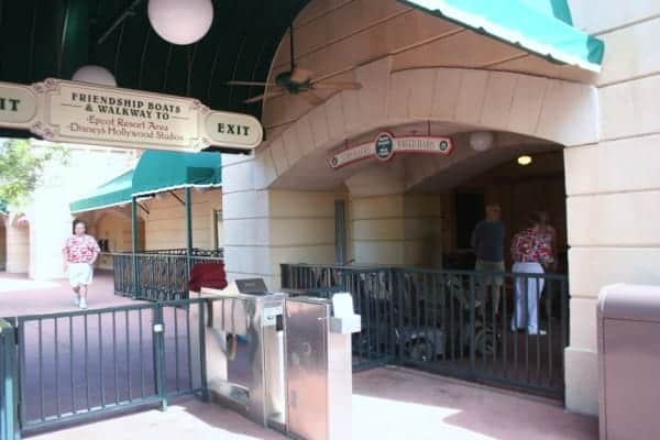epcot, walt disney world, epcot center, stroller rental, epcot with a baby, epcot with a toddler