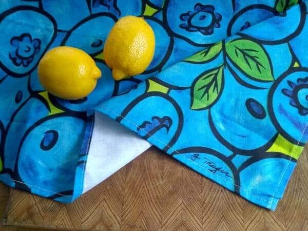 Tea towel blueberries