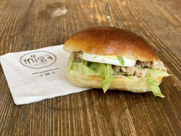 Medianoche rellena Miga Bakery