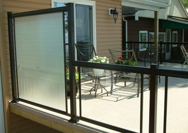 tall tempered glass privacy screen for metal deck railing