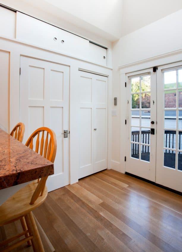 the door's center knob is visible when the door is closed