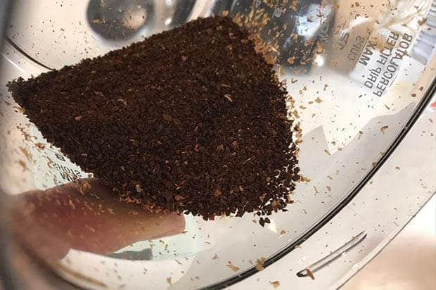 Coffee ground medium-coarse for Chemex