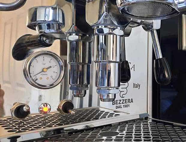 Closeup of pressure gauge on the Bezzera Unica