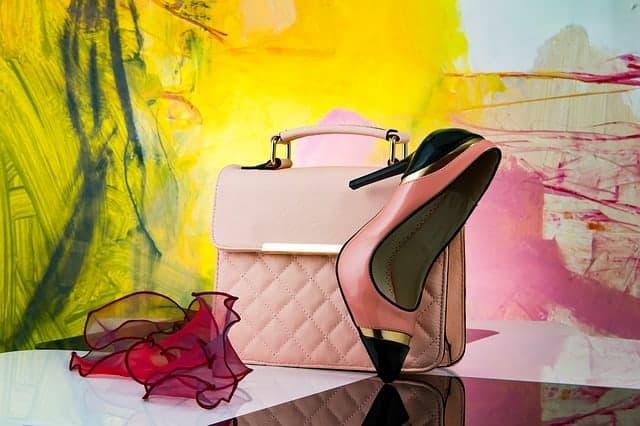 how to purchase a new handbag correctly
