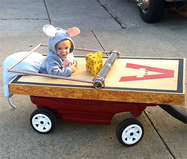 Mouse Trap Cat Kids Makeup - Cute Halloween Costumes! Over 25 of the Best DIY Halloween Ideas to inspire you on Trick or Treat night!