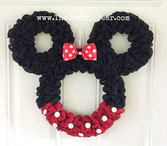 minnie mouse wreath - - The Ultimate List of Minnie Mouse Craft Ideas! Party Ideas, DIY Crafts and Disney themed fun food recipes.