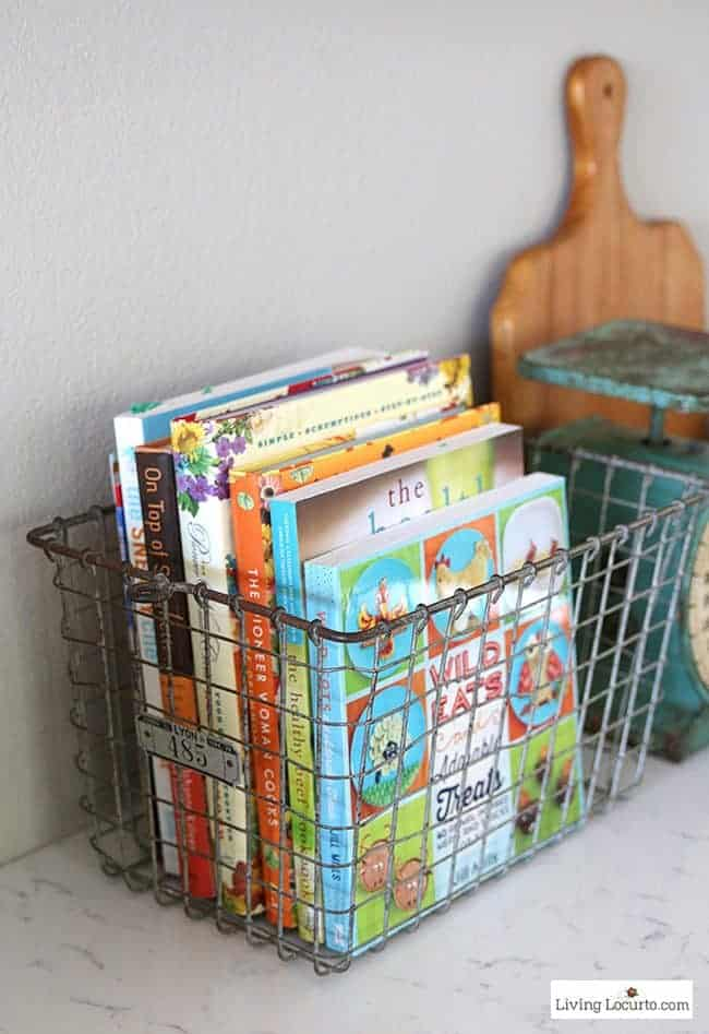 10 Clever Organization Ideas for Your Kitchen! Whether you are planning a new kitchen or need some smart Kitchen Organizing Ideas, you will find some great inspiration with these organization tips.