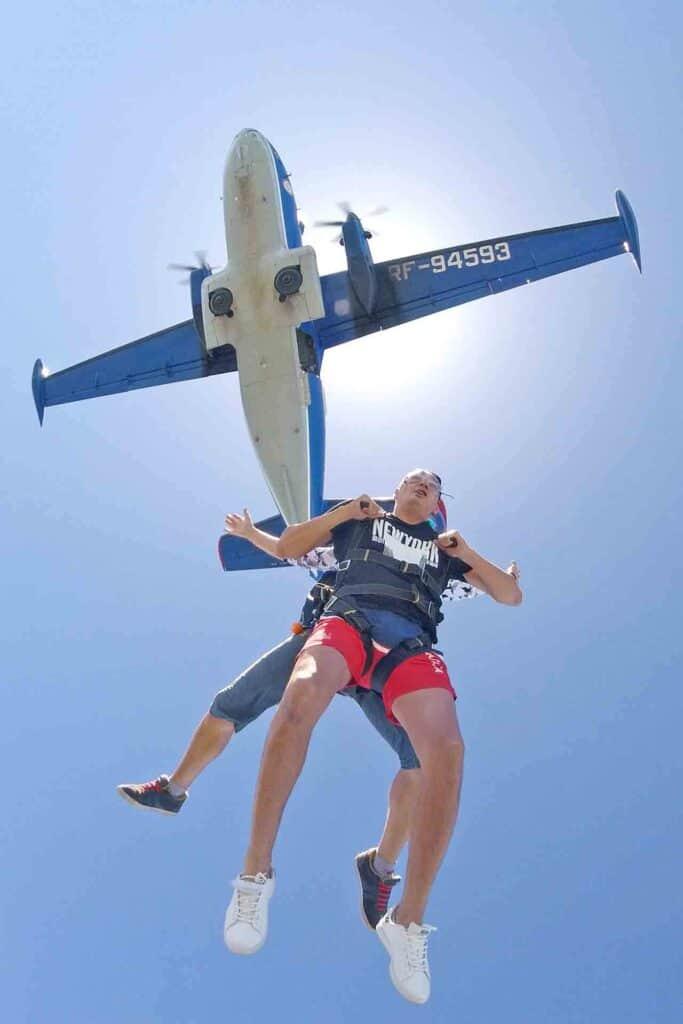 прыжок с парашютом в ростове