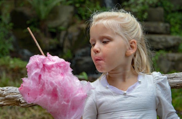 How To Make Cotton Candy With A Blender - Bill Lentis Media
