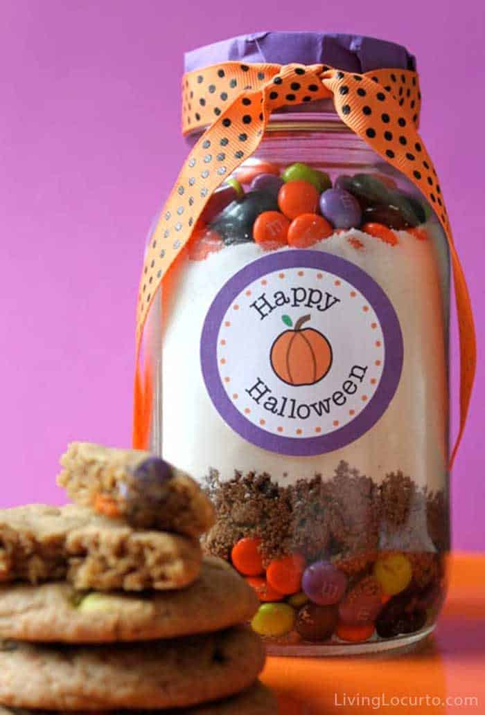 Halloween M&M Cookies in a Jar Recipe and Printable gift Tags
