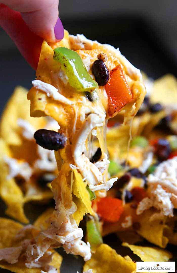 Easy baked chicken nachos