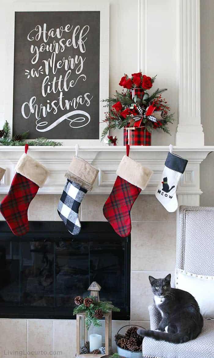 DIY Christmas Centerpiece Holiday Mantel Decor