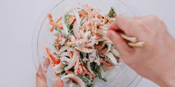 Mixed vegetables with tempura batter.