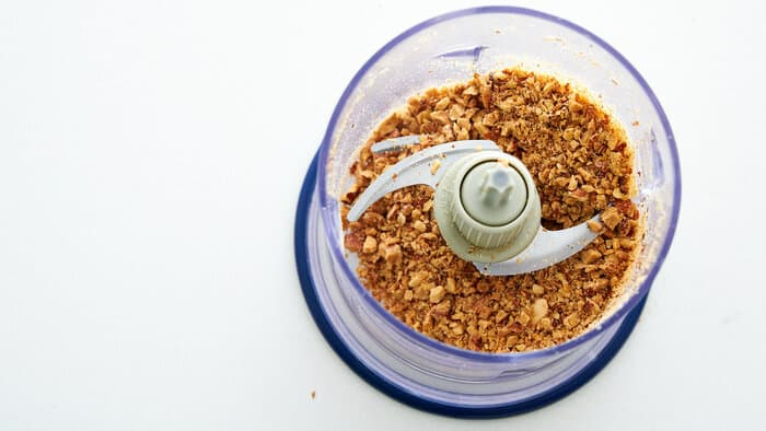 Pulse the almonds in a food processor to chop into small pieces.