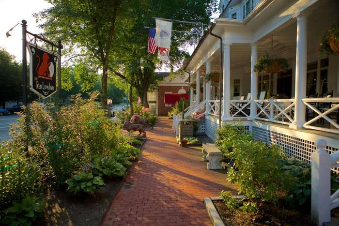 The red lion inn in stockbridge is one of the nicest inns in the berkshires.