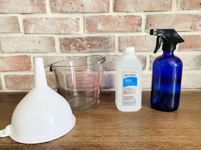 Supplies to make bed bug spray