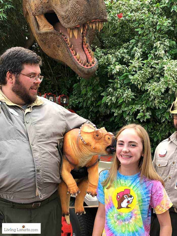 Jurassic Park Live Baby Dinosaur Meeting   Christmas at Universal Orlando. Learn what's new this holiday season and get travel tips to make your Christmas vacation special. Living Locurto travel blogger