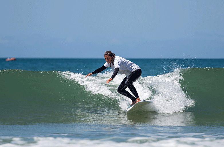 surfing cascais holidays