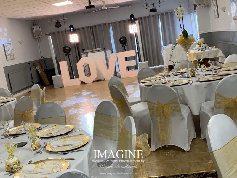 Cocktail hour afternoon reception wedding packages