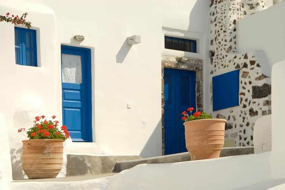 Greeks paint doors and windows blue