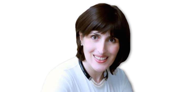 Picture of Dr. Julia Aharonov