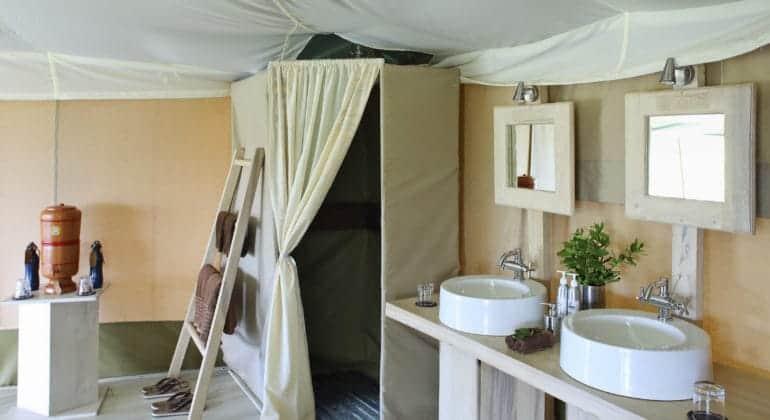 Kicheche valley bathroom