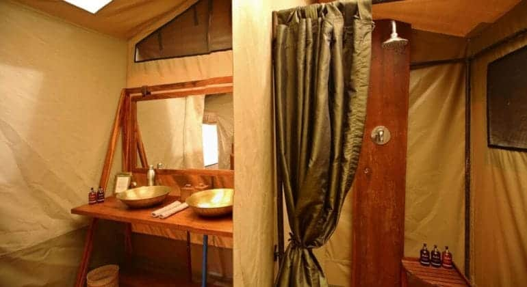 Olakira Camp Bathroom