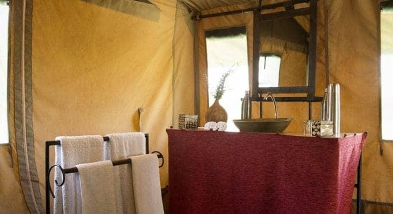 Ubuntu Camp bath