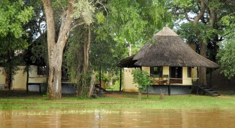 Nsefu River Side