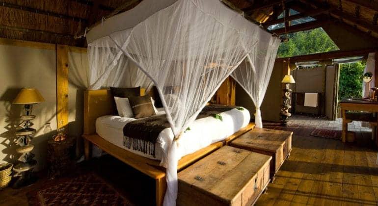 Sindabezi Island Bedroom