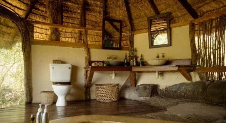 Alex Walker's Serian Serian Bathroom
