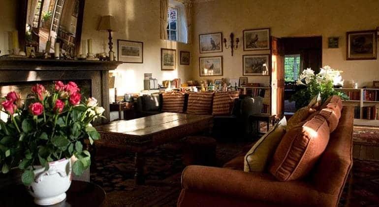 Deloraine House Sitting Area