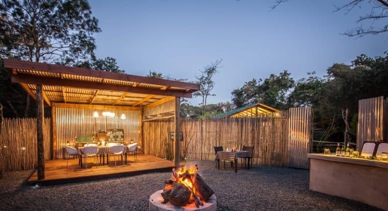 Makakatana Bay Lodge Outdoor